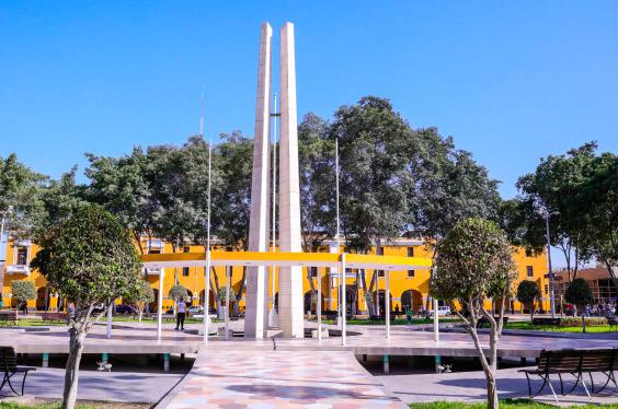 Plaza-de-armas-Ica