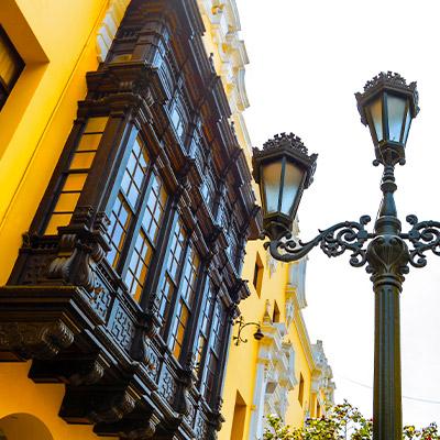 Celebra el aniversario de Lima recorriendo su centro histórico