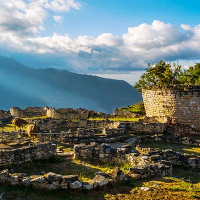 Descubre la fortaleza de Kuélap en fotos