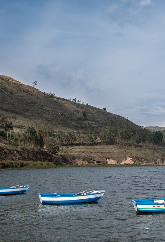 Laguna de Pacucha y Complejo Arqueológico de Sóndor