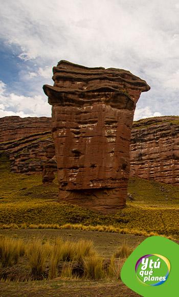 Bosque de piedras del Cañón de Tinajani en el distrito de Ayaviri