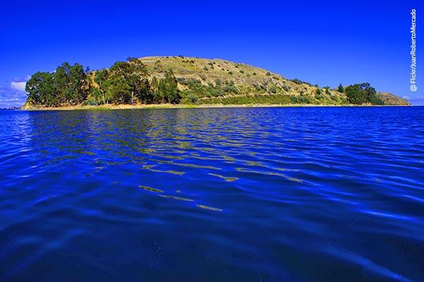 Isla Suasi en Puno
