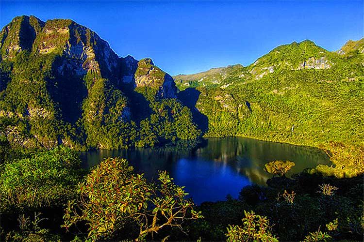 Laguna Condores