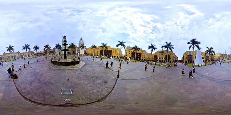 plaza-de-armas-lima