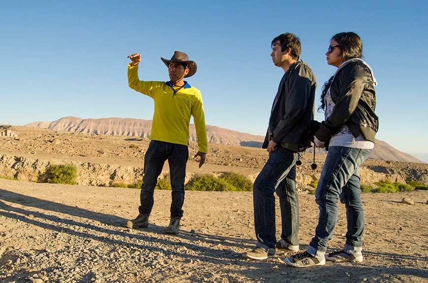 guía turístico en desierto