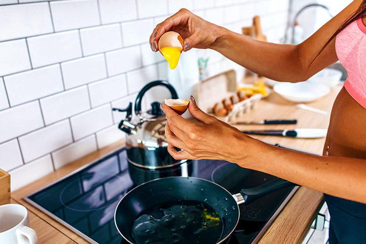 cocinando-con-huevo