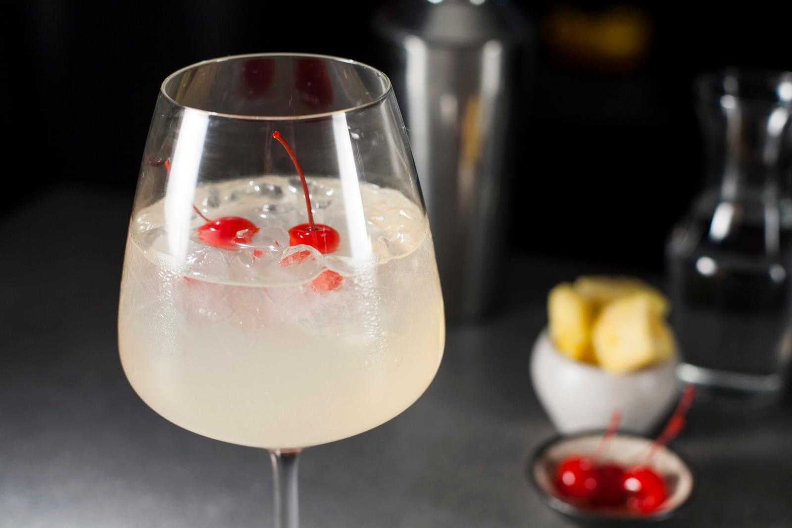 pisco-piña-cereza