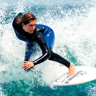 Descubre las olas más altas del norte del Perú para surfear este verano