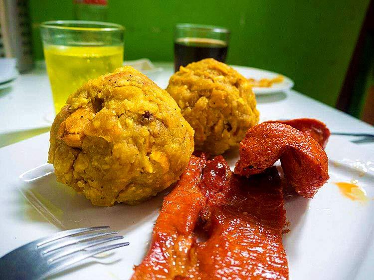 tacacho-almuerzo