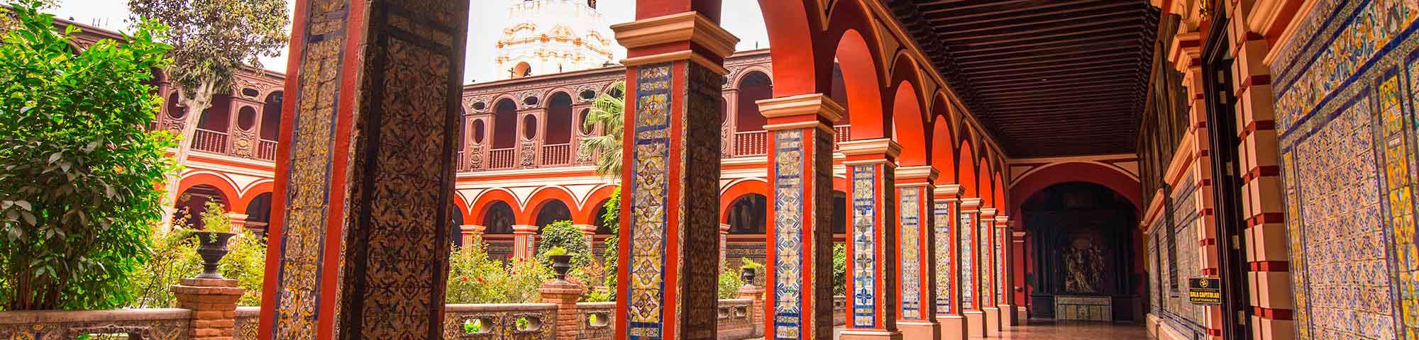 Municipalidad de Lima organiza recorridos turísticos literarios durante junio