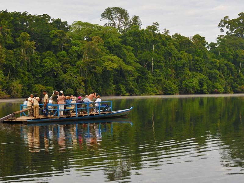 Recorriendo la Reserva Nacional Tambopata